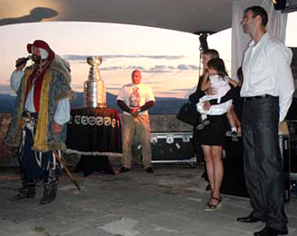 Zdeno Chara and his family along with the Stanley Cup were welcomed at Trencin Castle.