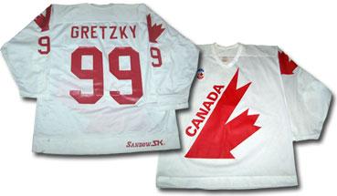 0f31579360 Legends of Hockey - Time Capsule - Pro Classics  Canada Cup Treasure Chest