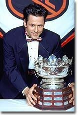 Doug Gilmour won the Frank Selke Trophy in 1993