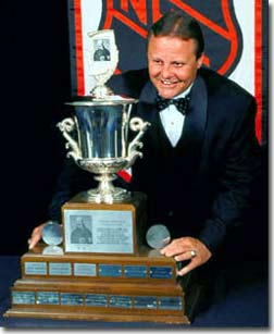Bill Barber claimed the Jack Adams Trophy as the NHL's top coach in 2001.