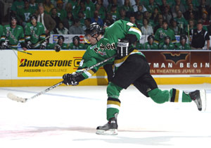 Correy Perry of the London Knights lets one go at the 2005 Memorial Cup tournament.
