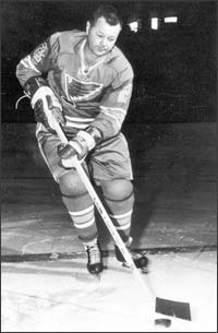 Doug Harvey as a member of the 1967-68 St. Louis Blues