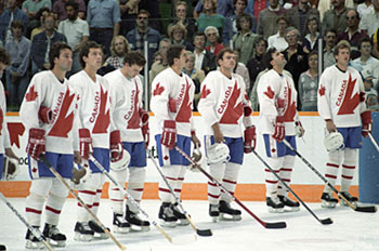 There was great dissention on the Canadian squad heading into the 1984 Canada Cup between members of the Edmonton Oilers and New York Islanders.